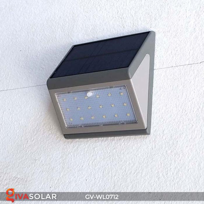Đèn LED treo tường chạy năng lượng mặt trời GV-WL0712 9