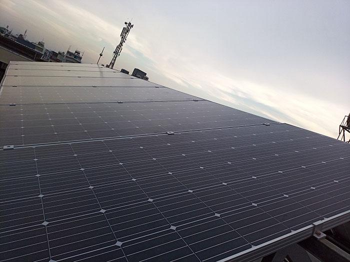 Dự án điện mặt trời hòa lưới 3 pha 5KW cho gia đình chú Phát ở Gò Vấp 11