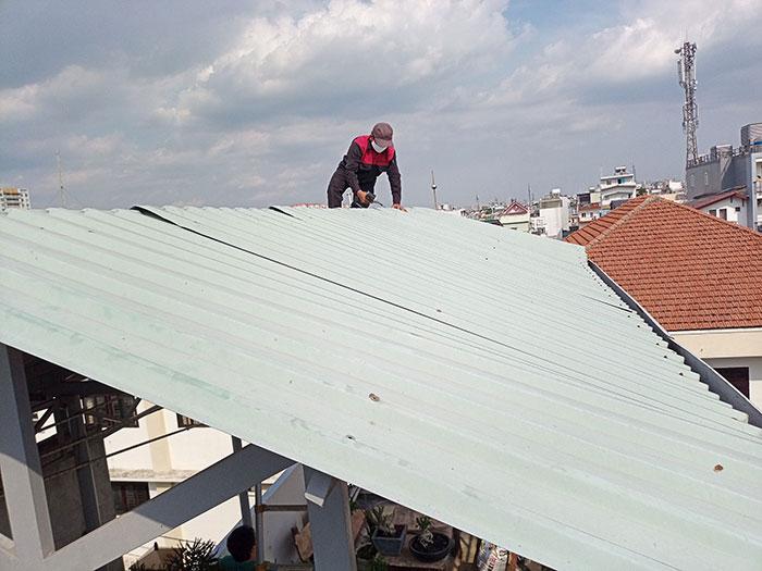 Dự án điện mặt trời hòa lưới 3 pha 5KW cho gia đình chú Phát ở Gò Vấp 2