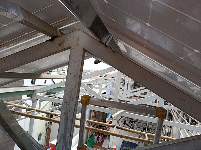Dự án điện mặt trời hòa lưới 3 pha 5KW cho gia đình chú Phát ở Gò Vấp 6