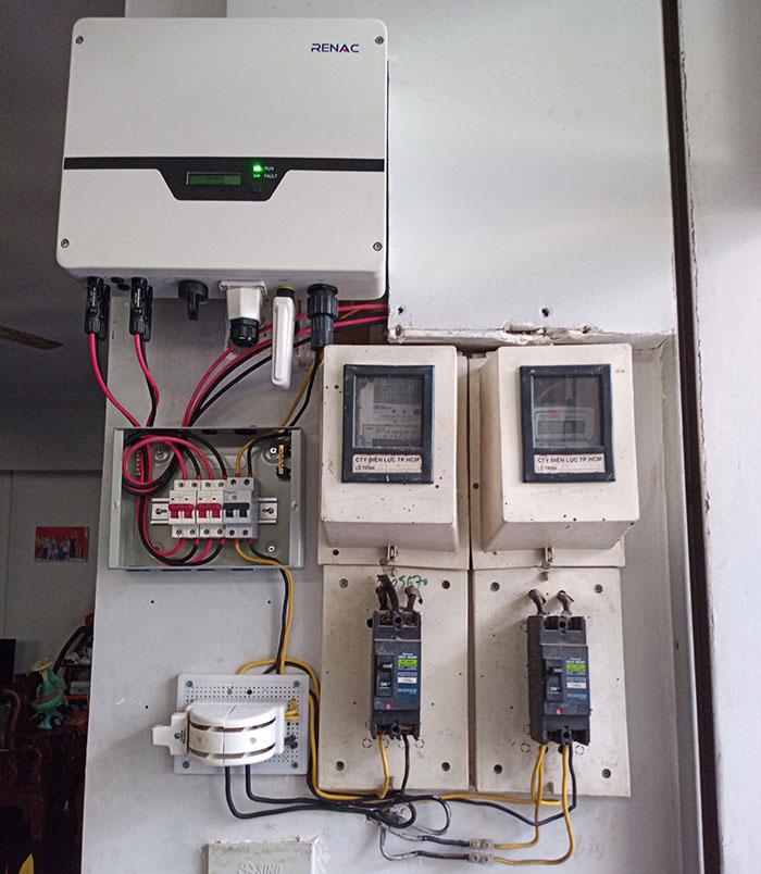 Lắp đặt hệ 4.5KW điện mặt trời hòa lưới cho chú Hùng ở Quận 1 13