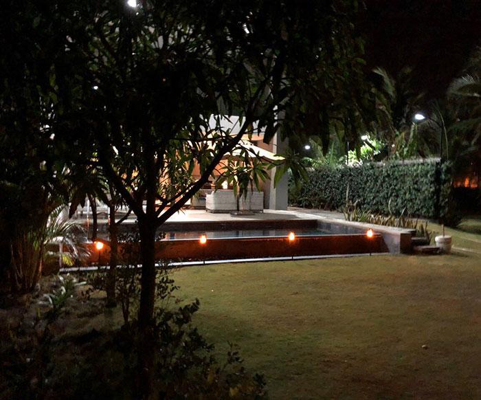 Lắp đặt hệ thống đèn chiếu sáng năng lượng mặt trời ở Khu nghỉ dưỡng & biệt thự Sanctuary Hồ Tràm 11