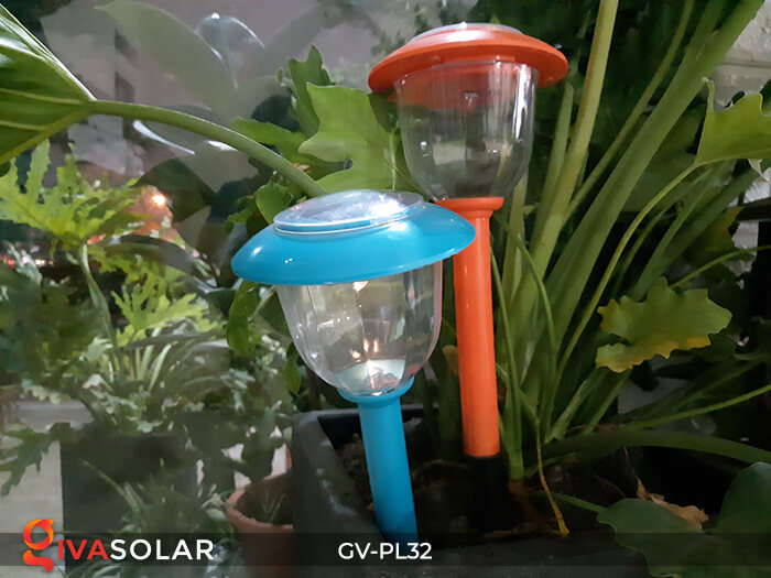 Đèn LED cắm đất trang trí năng lượng mặt trời GV-PL32 11