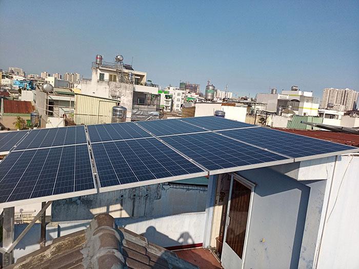 Dự án điện mặt trời hòa lưới 10KW cho gia đình anh Phong ở Quận 8 TPHCM 10