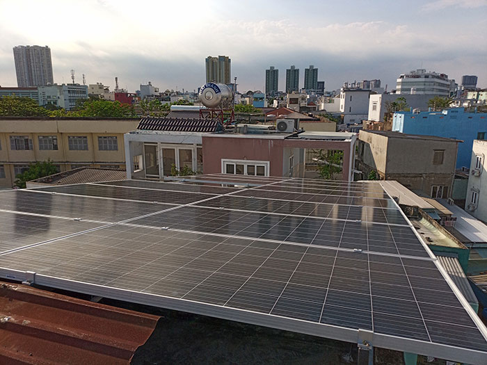 Dự án điện mặt trời hòa lưới 10KW cho gia đình anh Phong ở Quận 8 TPHCM 12