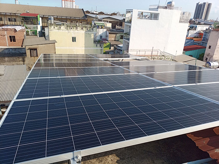 Dự án điện mặt trời hòa lưới 10KW cho gia đình anh Phong ở Quận 8 TPHCM 9