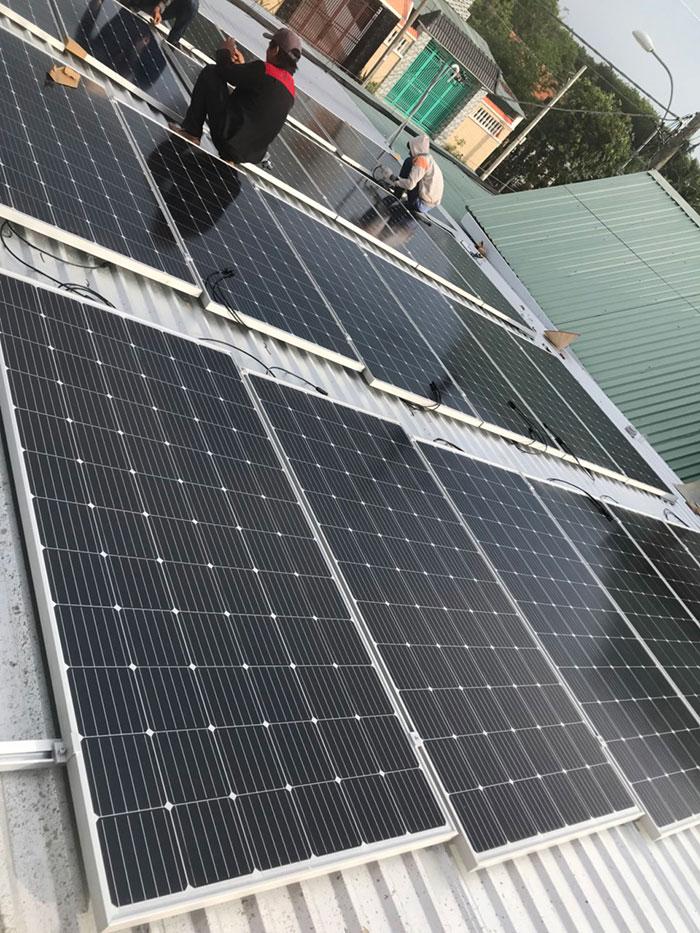 Dự án điện mặt trời hòa lưới cho gia đình anh Tấn ở Củ Chi 10KWp 4