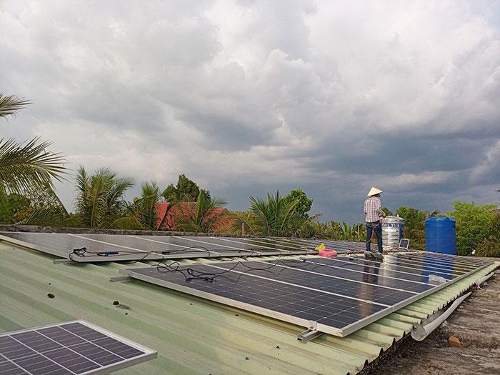 Dự án điện mặt trời hòa lưới có lưu trữ 10KW ở Tiền Giang 3