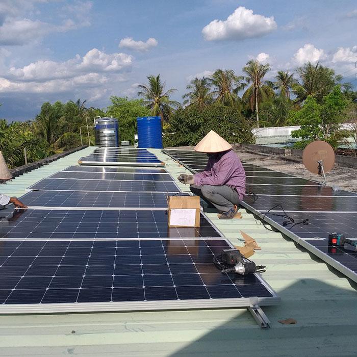 Dự án điện mặt trời hòa lưới có lưu trữ 10KW ở Tiền Giang 4