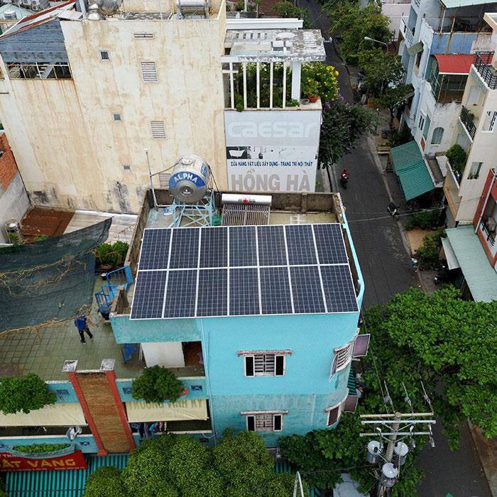 Dự án hòa lưới áp mái 5KW cho gia đình chú Sĩ ở Tân Phú 3