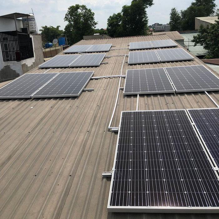 dự án hòa lưới điện mặt trời 5KW cho anh Thuận ở Bình Chánh 2