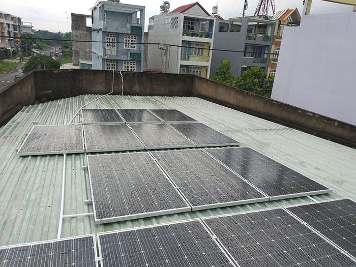 Dự án hòa lưới điện mặt trời 5KWp cho gia đình chị Mai ở Quận 8 4