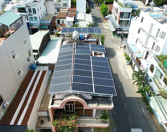 dự án điện mặt trời hòa lưới 12 KW cho anh Trí ở Tân Phú 2