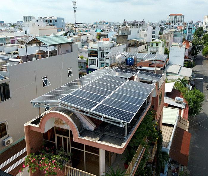 dự án điện mặt trời hòa lưới 12 KW cho anh Trí ở Tân Phú 4