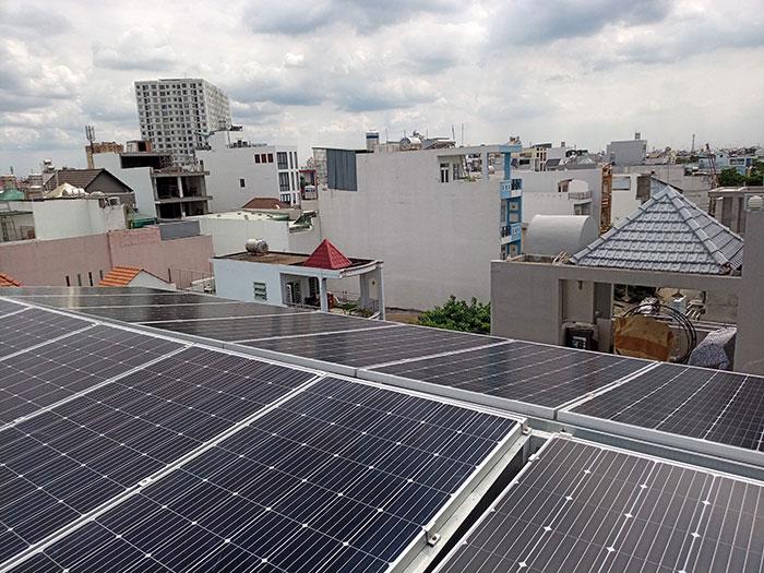 dự án điện mặt trời hòa lưới 12 KW cho anh Trí ở Tân Phú 8