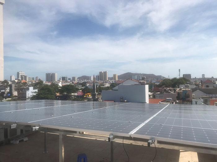 Lắp đặt hệ thống điện mặt trời nối lưới 12KW cho khách sạn GIA AN ở Bà Rịa Vũng Tàu 15
