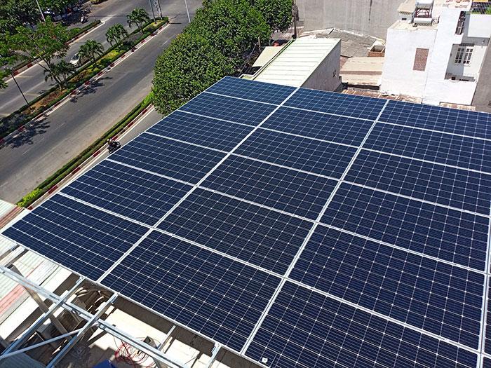 Lắp đặt hệ thống điện mặt trời nối lưới 12KW cho khách sạn GIA AN ở Bà Rịa Vũng Tàu17