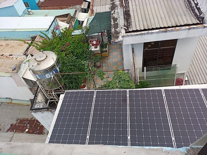 Hòan thành dự án hòa lưới điện mặt trời 10KW cho anh Trí ở Bình Thạnh 3