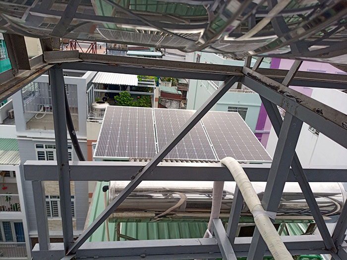 Hòan thành dự án hòa lưới điện mặt trời 10KW cho anh Trí ở Bình Thạnh 6