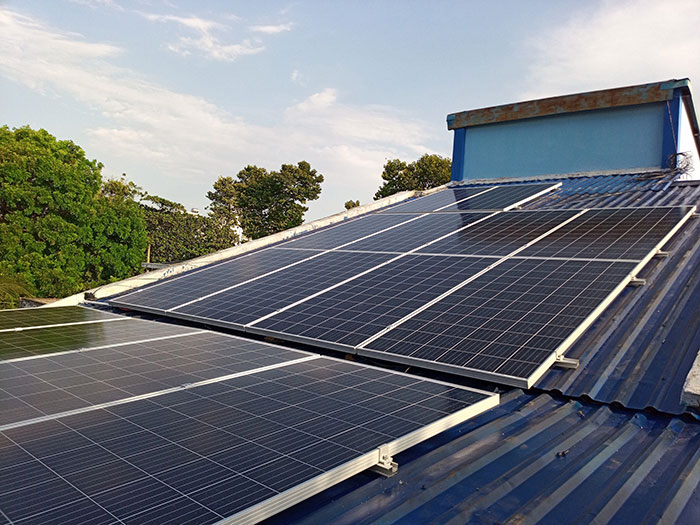 Hoàn thành dự án hòa lưới điện mặt trời 5KW cho chú Vũ ở Bình Dương 2