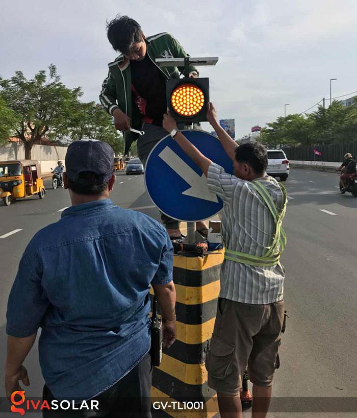Đèn LED cảnh báo giao thông năng lượng mặt trời GV-TL1001 13