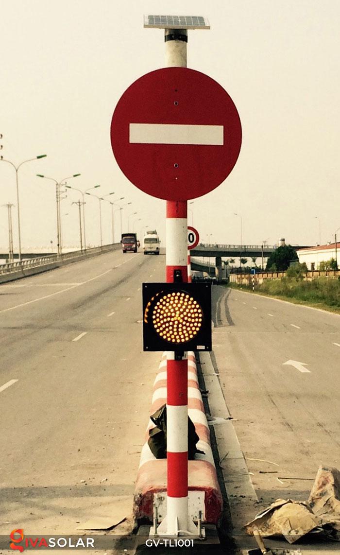 Đèn LED cảnh báo giao thông năng lượng mặt trời GV-TL1001 14