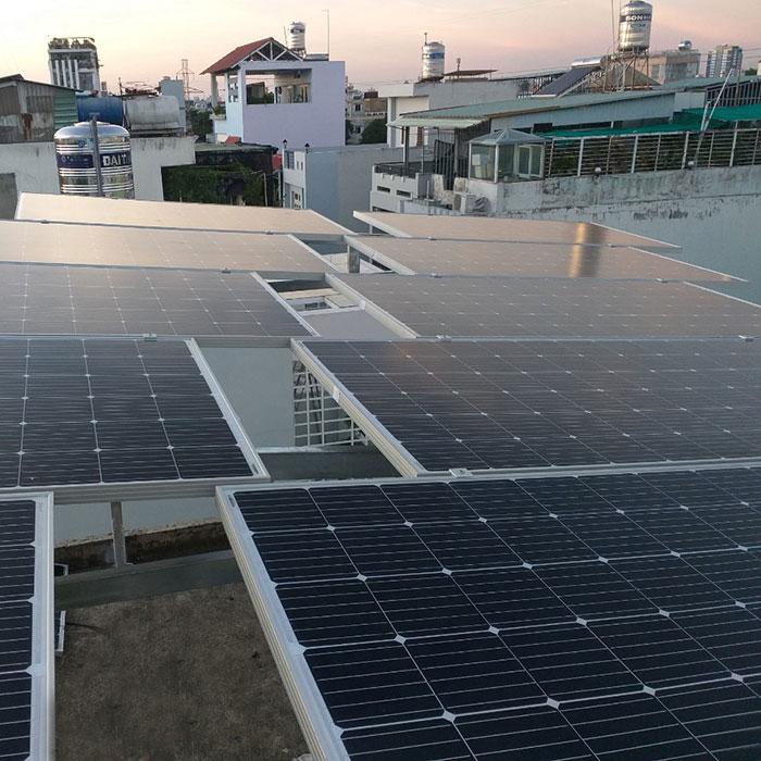 hòa lưới điện mặt trời cho hộ gia đình 5KWP - Chị Linh - Tân Phú 5