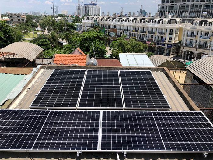 Dự án điện năng lượng mặt trời hòa lưới 5KWP cho anh Huân ở Quận 8 3