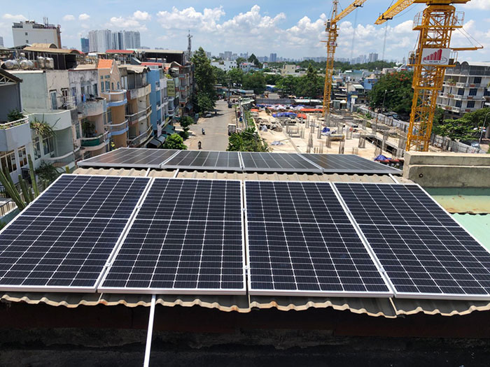 Dự án điện năng lượng mặt trời hòa lưới 5KWP cho anh Huân ở Quận 8 4