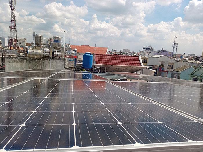 hệ thống điện mặt trời hòa lưới 5KW Anh Dũng Tân Phú 3