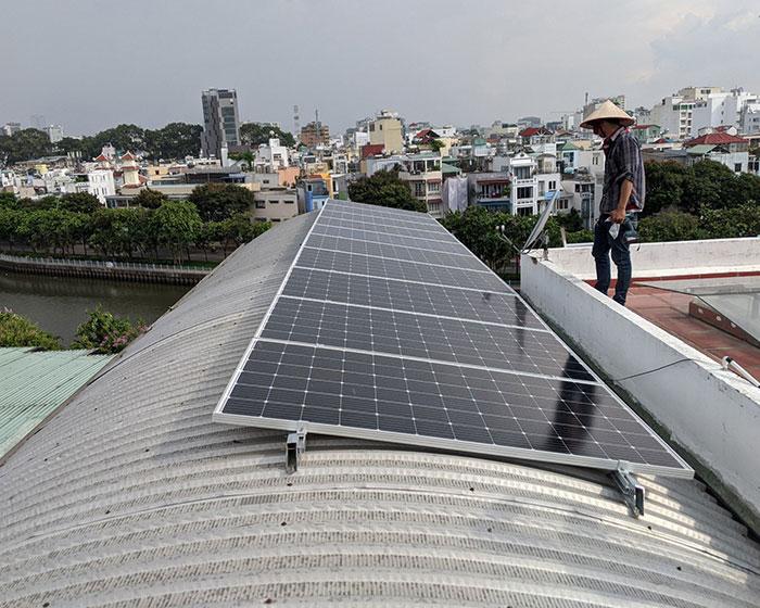 Dự án lắp đặt hệ thống hòa lưới điện mặt trời 4KWp ở Phú Nhuận 3