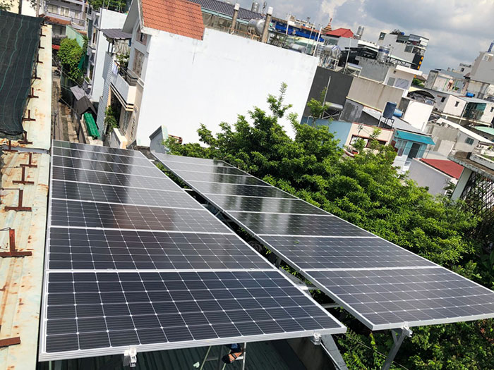 Lắp đặt Điện mặt trời Anh Trí ở Bình Thạnh 2