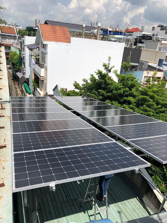 Lắp đặt Điện mặt trời Anh Trí ở Bình Thạnh 3