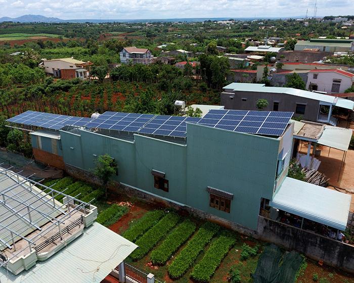 Thi công dự án điện năng lượng mặt trời hòa lưới 28KWP ở Gia Lai 10