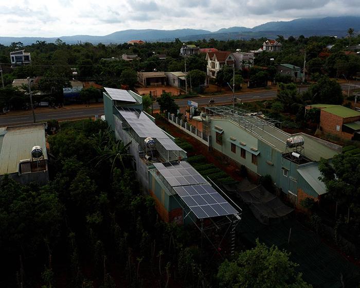 Thi công dự án điện năng lượng mặt trời hòa lưới 28KWP ở Gia Lai 15