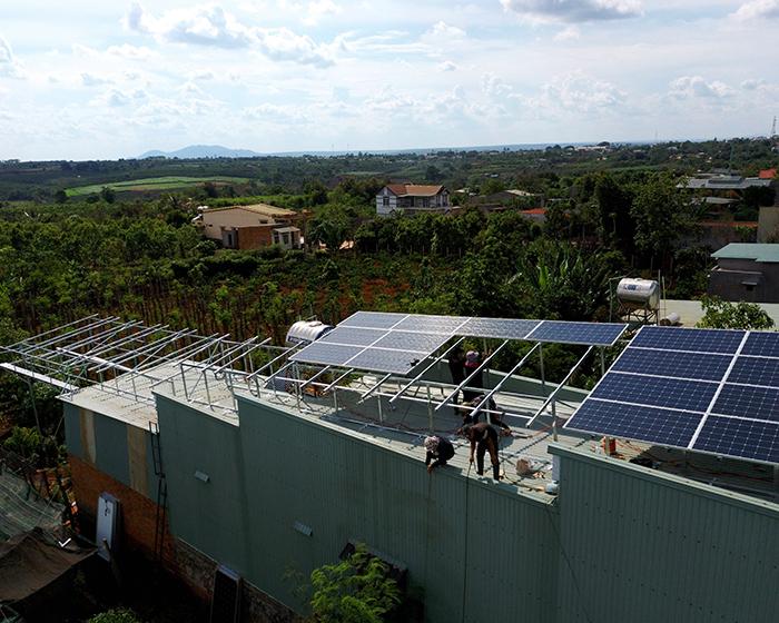 Thi công dự án điện năng lượng mặt trời hòa lưới 28KWP ở Gia Lai 7