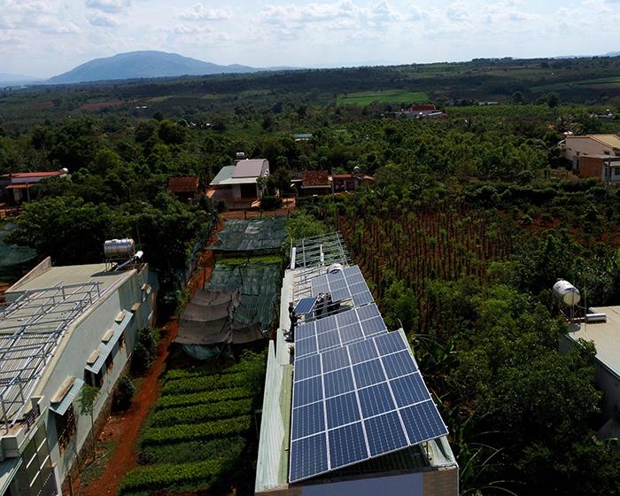 Thi công dự án điện năng lượng mặt trời hòa lưới 28KWP ở Gia Lai 8
