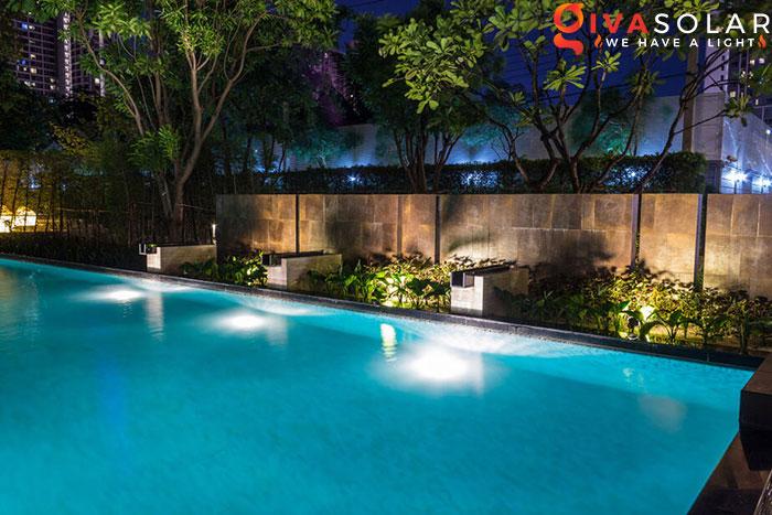 ý tưởng trang trí cảnh quan sân vườn thêm ấn tượng với đèn 10