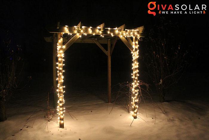 ý tưởng trang trí cảnh quan sân vườn thêm ấn tượng với đèn 12