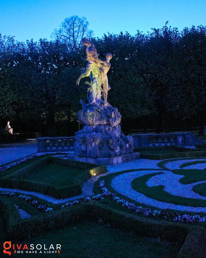 ý tưởng trang trí cảnh quan sân vườn thêm ấn tượng với đèn 16
