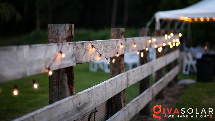 ý tưởng trang trí cảnh quan sân vườn thêm ấn tượng với đèn 6