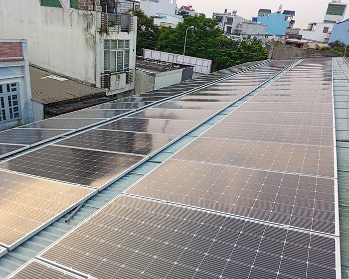 Lắp đặt điện mặt trời hòa lưới 57KWp để kinh doanh nhà trọ ở Tân Phú 3