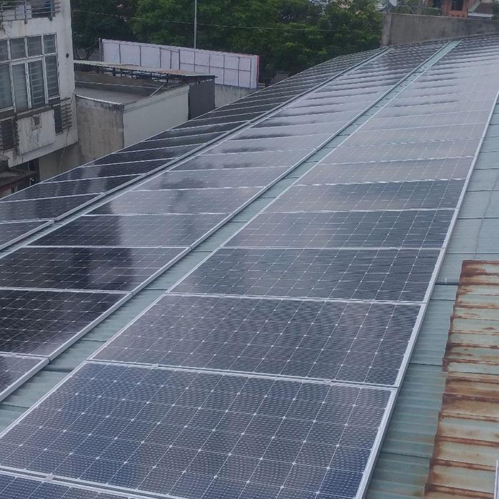 Lắp đặt điện mặt trời hòa lưới 57KWp để kinh doanh nhà trọ ở Tân Phú 4