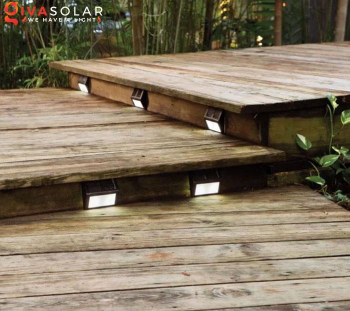 ý tưởng chiếu sáng và trang trí cầu thang với đèn năng lượng mặt trời 3