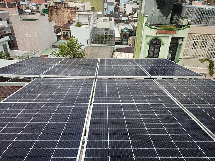 hệ thống điện mặt trời hòa lưới 5KW cho anh Minh ở Tân Bình 2