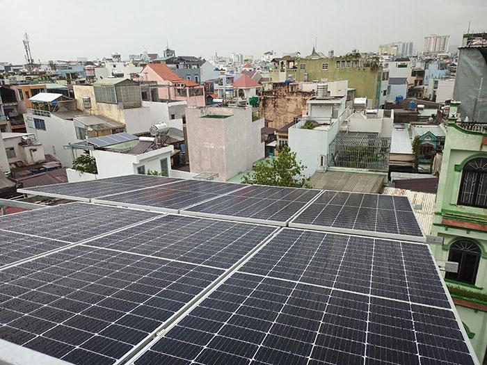 hệ thống điện mặt trời hòa lưới 5KW cho anh Minh ở Tân Bình 3