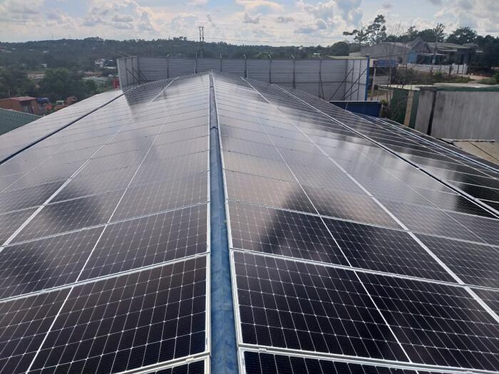 Dự án điện mặt trời hòa lưới 90KW cho gia đình anh Chiến ở Đắk Nông 6