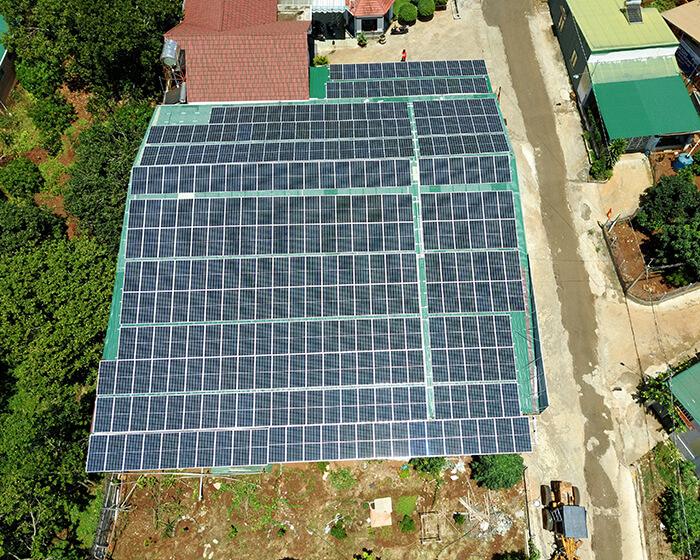 Dự án điện năng lượng mặt trời hòa lưới 130KW cho anh Long ở Đắk Nông 10