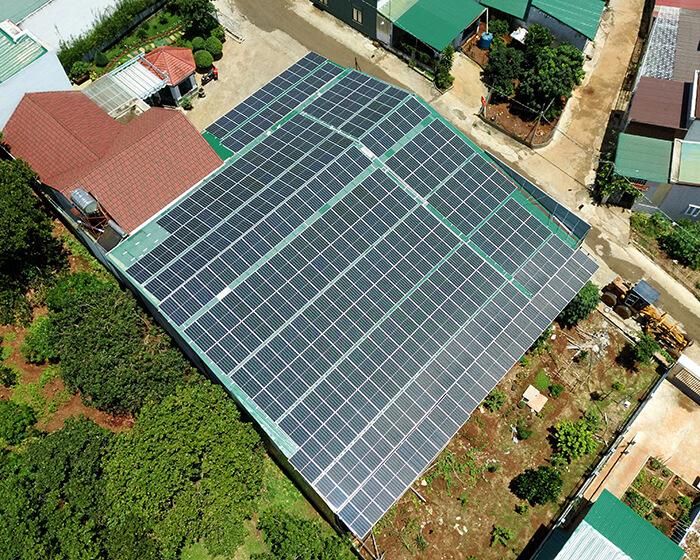 Dự án điện năng lượng mặt trời hòa lưới 130KW cho anh Long ở Đắk Nông 11