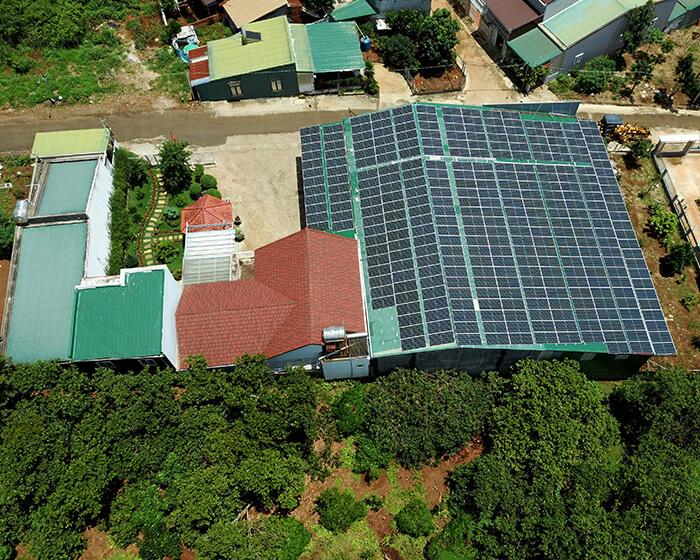 Dự án điện năng lượng mặt trời hòa lưới 130KW cho anh Long ở Đắk Nông 12